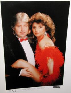 Petrik & Mia - Poster (Magic Hands)