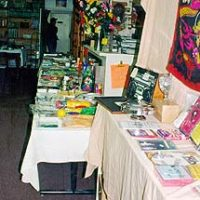 tmb_More-goodies-in-the-Front-Room-too..jpg