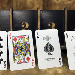 New Four Ace Jumbo Stand (Gaffed) - Thayer Magic